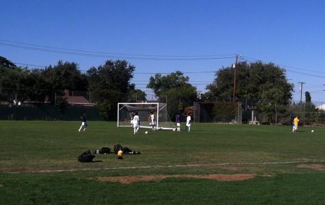 Boys' varsity soccer team welcomes several new underclassmen