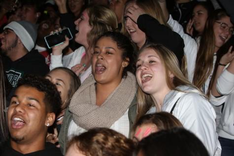 Seniors singing at the rally.