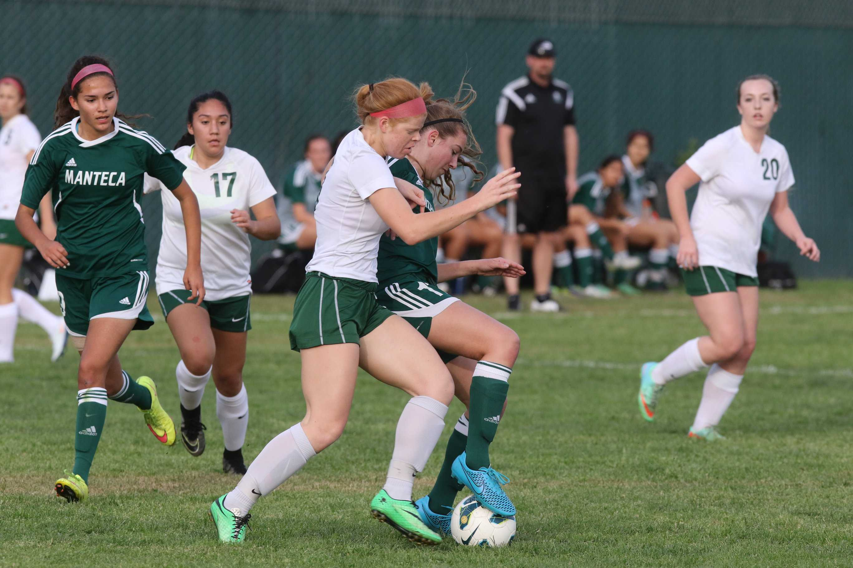 Captain Jacqui Frizzi passes the ball during game against Lodi.