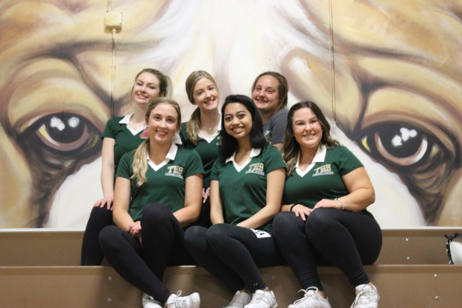 Tracy High 2019 cheer seasons seniors return back to help teach and construct the tryouts all three days